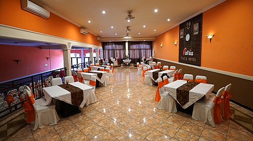 meeting-room-plaza-2